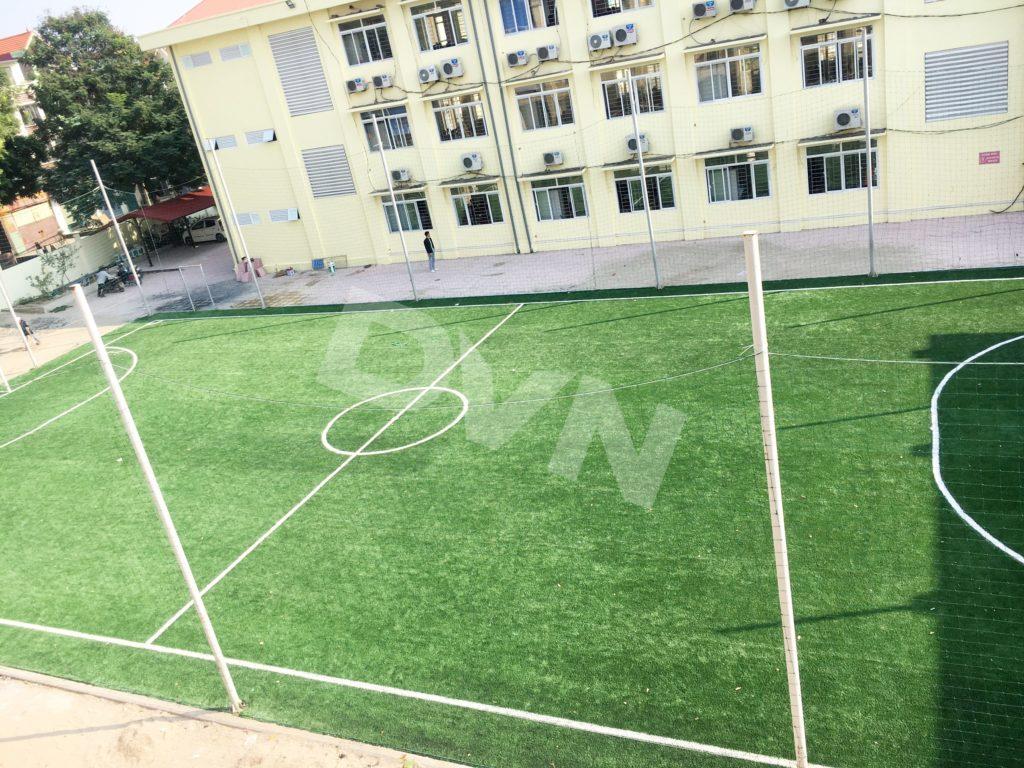 1, Một số hình ảnh sân bóng Trường tiểu học Tiền Phong 11