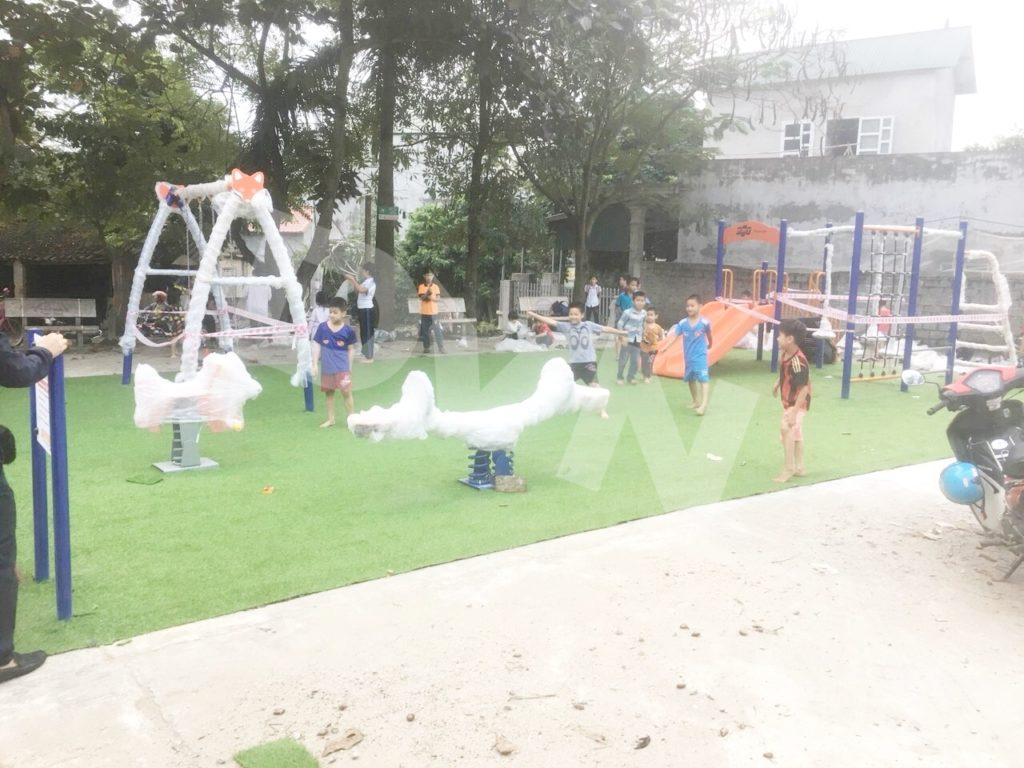 1, Một số hình ảnh sân chơi tại Nhà văn hoá xómBáiYên 1
