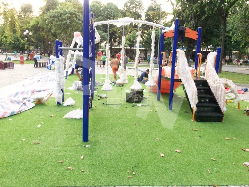1, Một số hình ảnh sân chơi tạiCông viênLàng Hoa, quận Gò Vấp 2