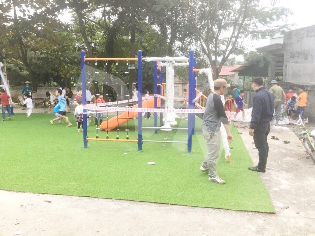 1, Một số hình ảnh sân chơi tại Nhà văn hoá xómBáiYên 3