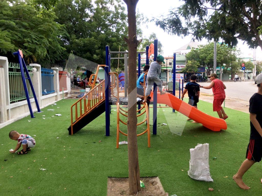 1, Một số hình ảnh sân chơi tại Trường tiểu học Đài Sơn 3