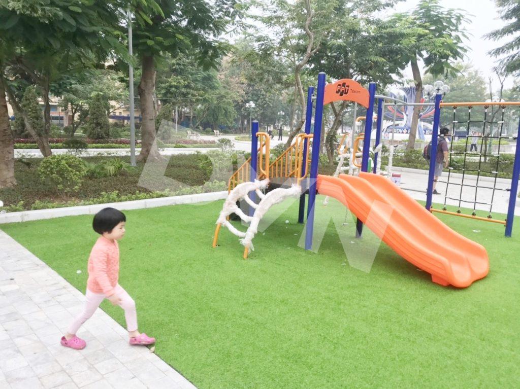 1, Một số hình ảnh sân chơi cỏ nhân tạo tại Công viên Cây Xanh, Thanh Hóa 2