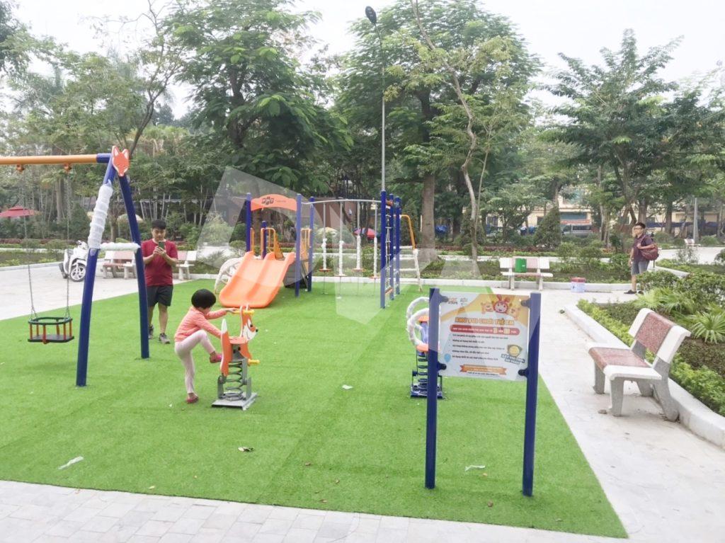 1, Một số hình ảnh sân chơi cỏ nhân tạo tại Công viên Cây Xanh, Thanh Hóa 4