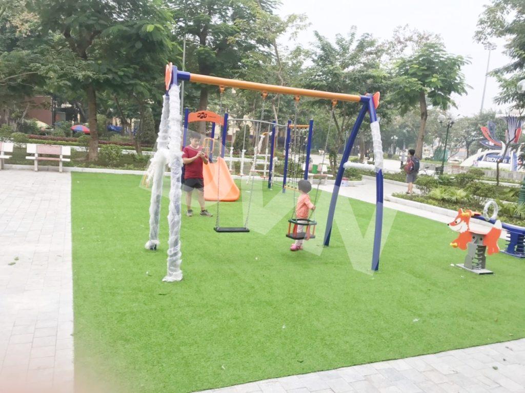 1, Một số hình ảnh sân chơi cỏ nhân tạo tại Công viên Cây Xanh, Thanh Hóa 5