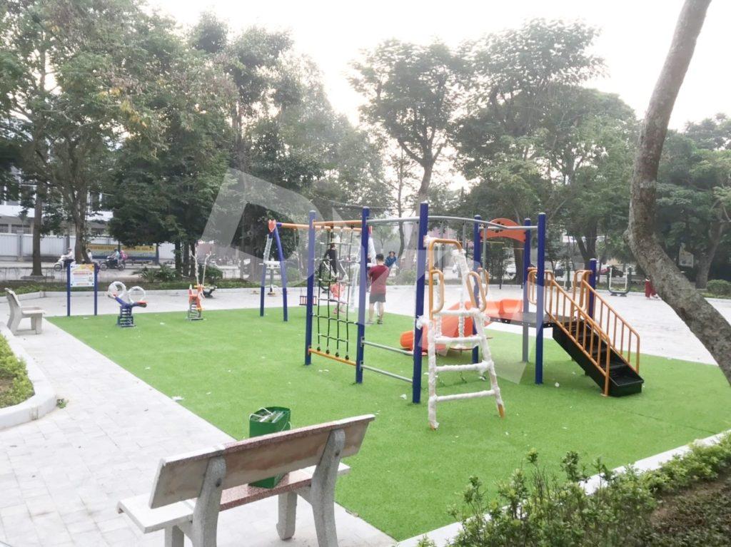 1, Một số hình ảnh sân chơi cỏ nhân tạo tại Công viên Cây Xanh, Thanh Hóa 6