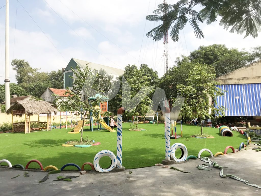 1, Một số hình ảnh sân chơi cỏ nhân tạo Trường mầm non Cẩm Tú 3