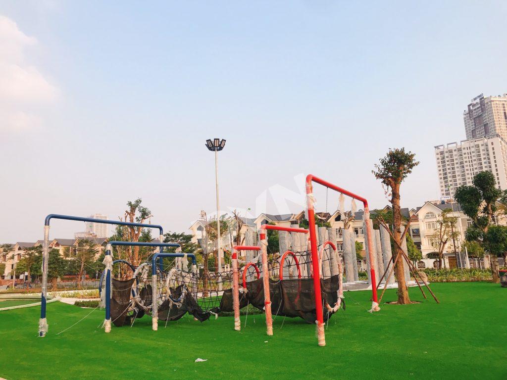 1, Một số hình ảnh sân chơitại khu Công Viên Thiên Văn Học 7