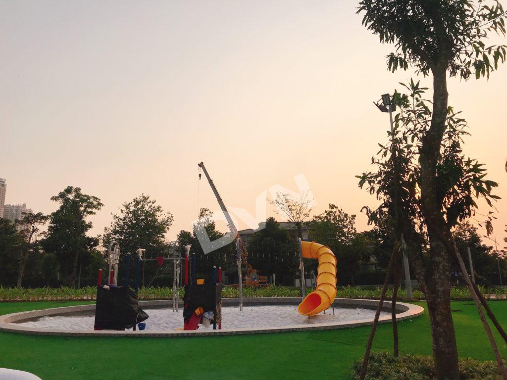 1, Một số hình ảnh sân chơitại khu Công Viên Thiên Văn Học 4