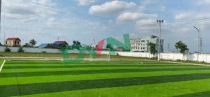 Sân cỏ sẽ tự nhiên khi dùng sân cỏ nào? 5