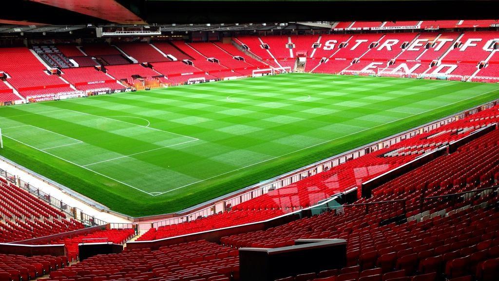 Sân vận động Old Trafford (Anh) 1