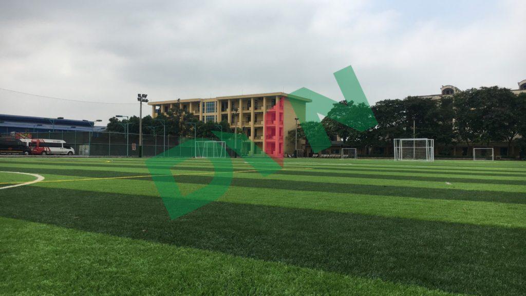 1,Một số hình ảnh sân bóng cỏ nhân tạo Trường Cao Đẳng Đường Sắt 1