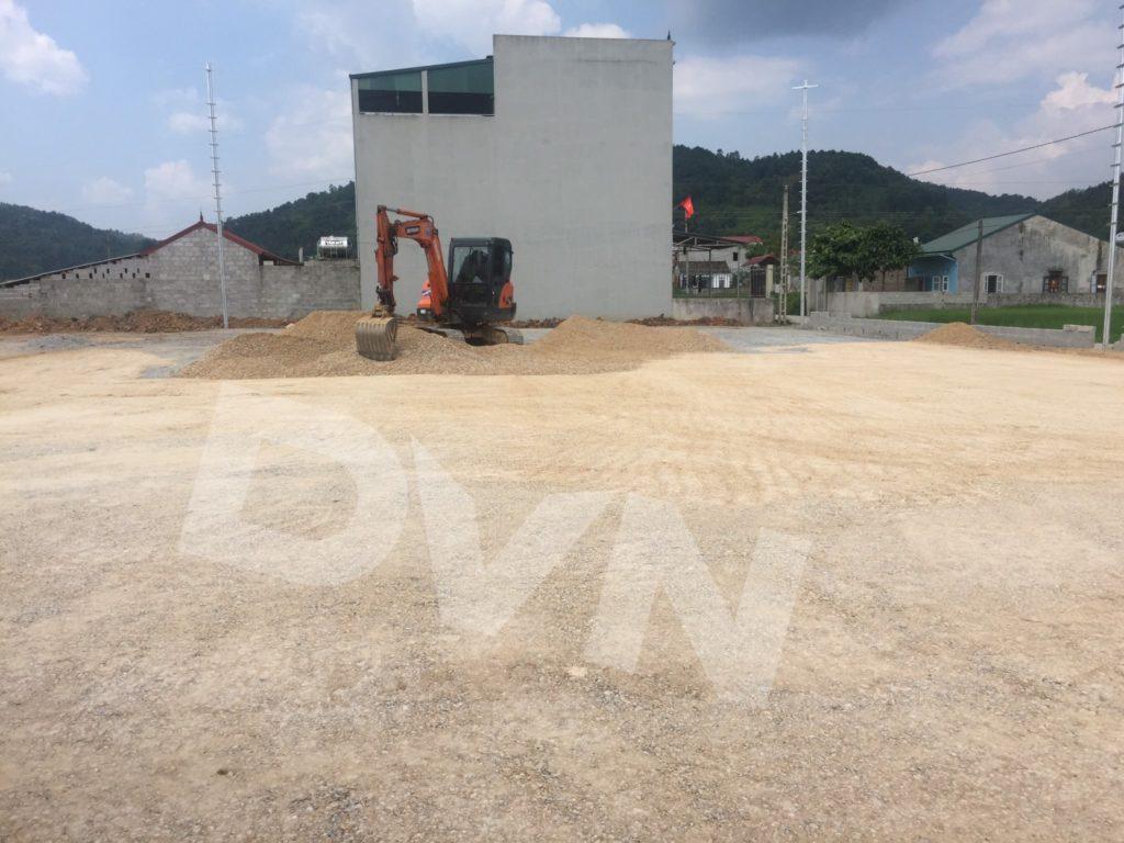1,Một số hình ảnh thi công sân bóng cỏ nhân tạo Tràng Định, Lạng Sơn 1