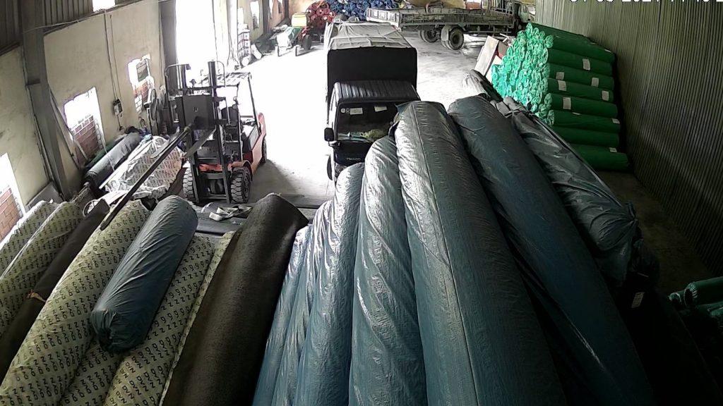 Thảm cỏ nhựa trải sàn và Trang trí. Giá bán tại KHO 2