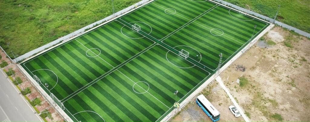 Thi công sân banh cỏ nhân tạo tại Đà Nẵng