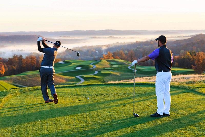 Golf - môn thể thao quý tộc được nhiều người yêu thích